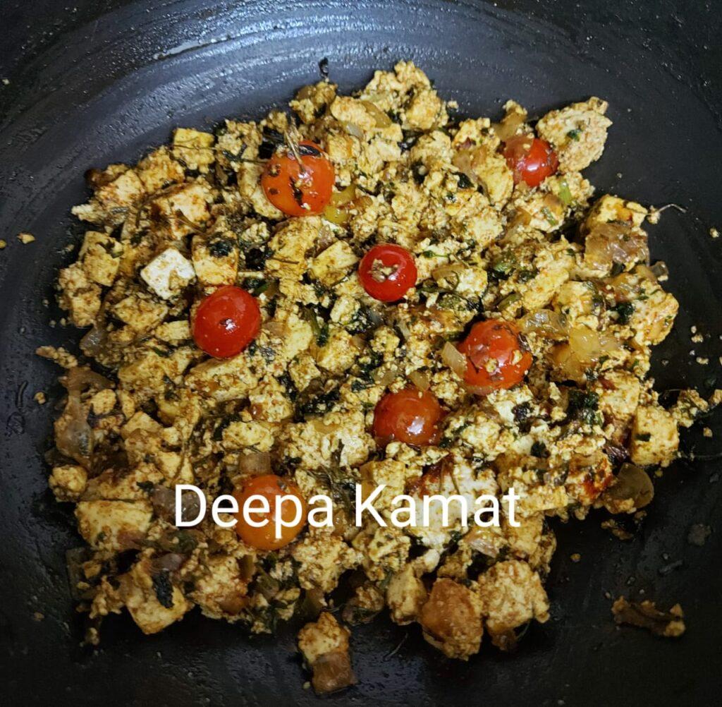 this dish is called methi paneer